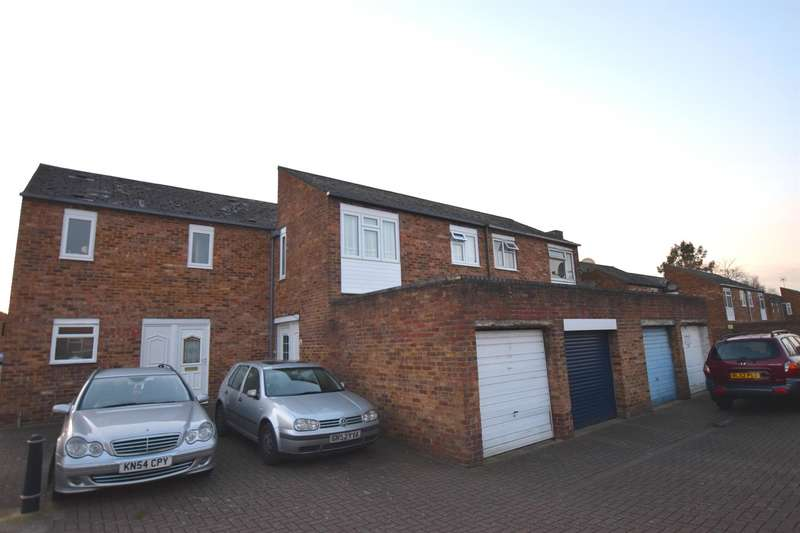 4 Bedrooms Terraced House for sale in Brockles Mead, Harlow, CM19