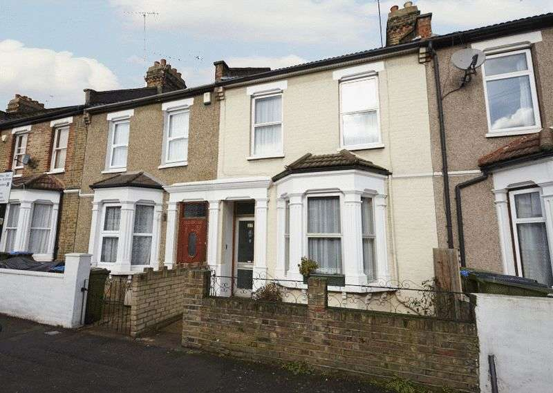 3 Bedrooms Terraced House for sale in Rathmore Road, Charlton