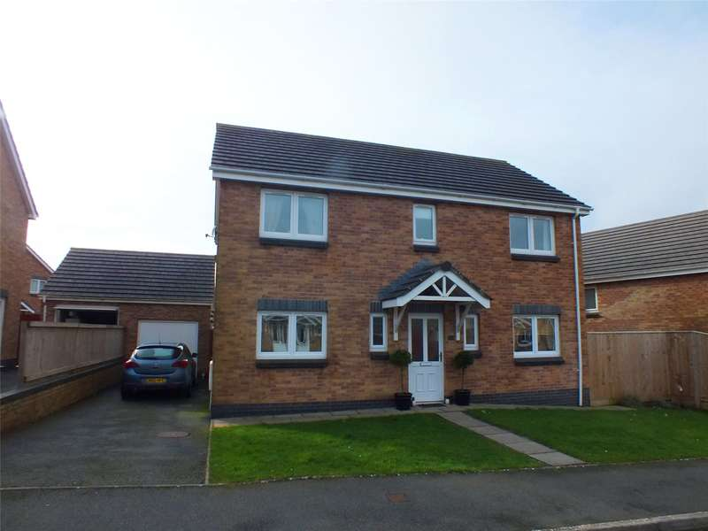 4 Bedrooms Detached House for sale in Skomer Drive, Milford Haven, Pembrokeshire