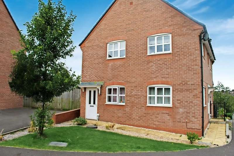 2 Bedrooms Flat for sale in Carsington Drive, Tunstall, ST6 5GA