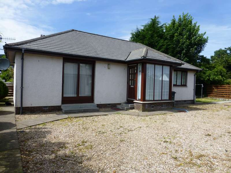 2 Bedrooms Detached Bungalow for sale in 30 Hill Street, Dunoon, PA23 7AT