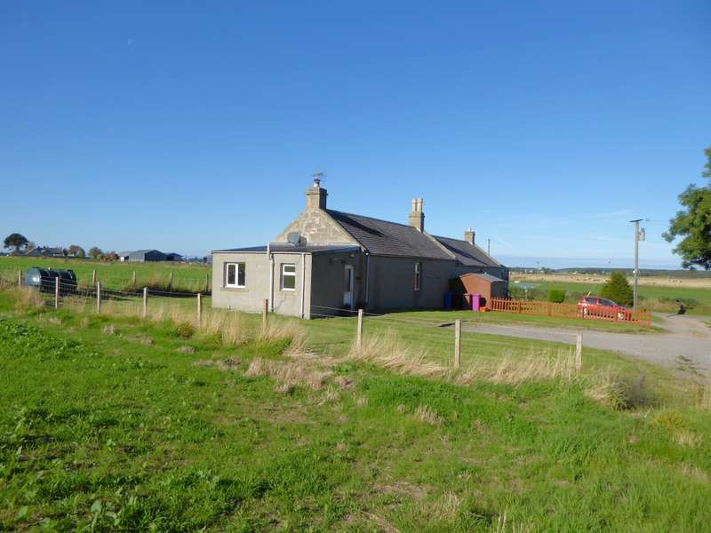 2 Bedrooms Semi Detached House for sale in No 2 Newton of Struthers Farm Cottages, Kinloss, IV36 2UD