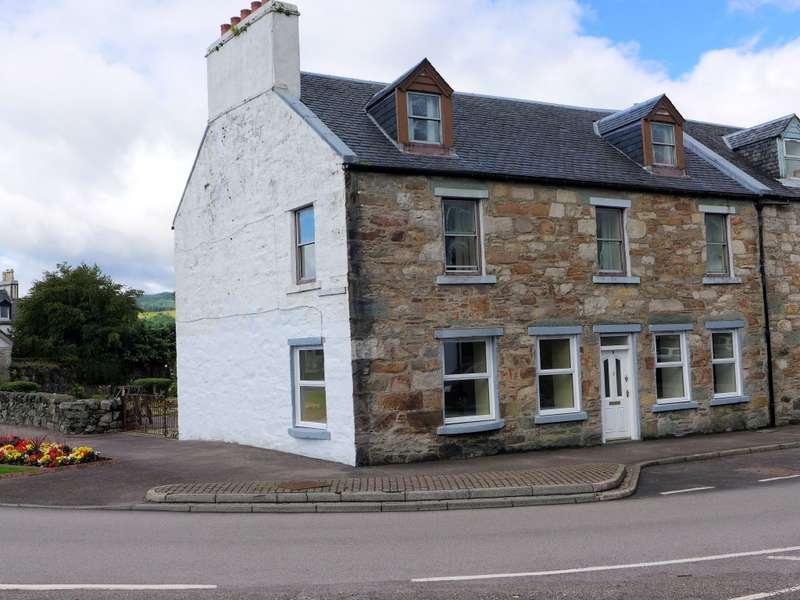 2 Bedrooms Flat for sale in 6 Cossack Street, Lochgilphead, PA31 8JW