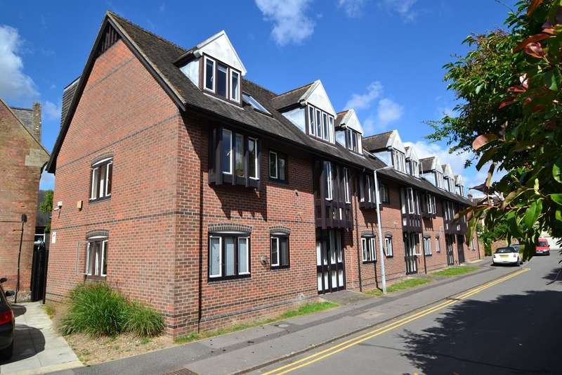 2 Bedrooms Retirement Property for sale in Salisbury City Centre