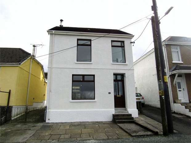 3 Bedrooms Detached House for sale in Tyisha Road, Tumble, Llanelli, Carmarthenshire