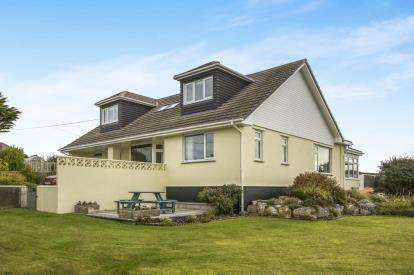 4 Bedrooms Bungalow for sale in St Merryn, Near Padstow, Cornwall