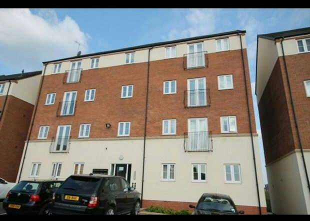 2 Bedrooms Flat for sale in Ravensbourne Court, Burtree Drive, STOKE-ON-TRENT