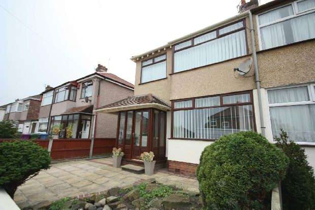 3 Bedrooms Semi Detached House for sale in North Linkside Road , Liverpool