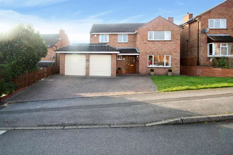 4 Bedrooms Property for sale in David Grove, Beeston/Bramcote, Nottingham