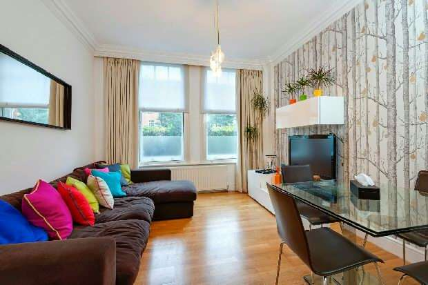 1 Bedroom Flat for sale in Heath Court, Frognal, Hampstead, NW3