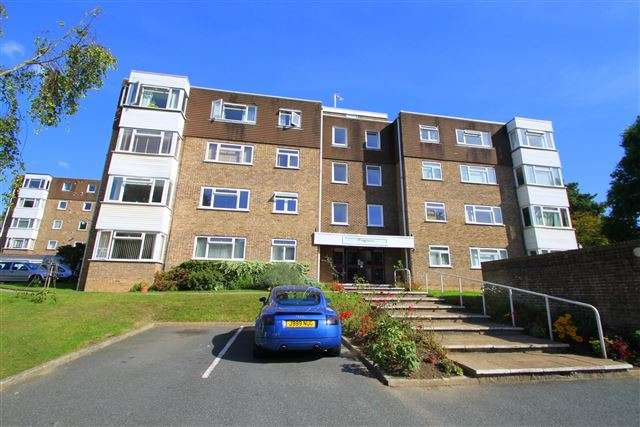 2 Bedrooms Flat for sale in Kingsmere, London Road, Brighton, East Sussex, BN1 6UY