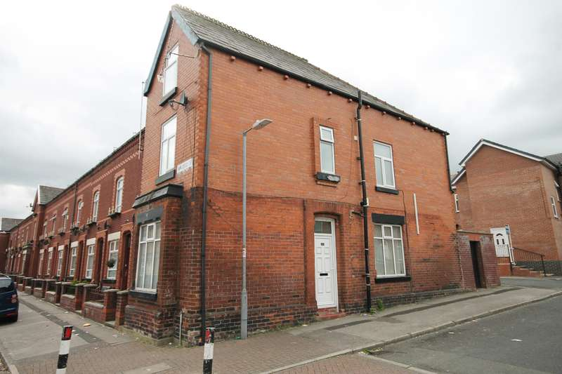 4 Bedrooms End Of Terrace House for sale in Oxford Grove, Heaton, Bolton, BL1 3BH