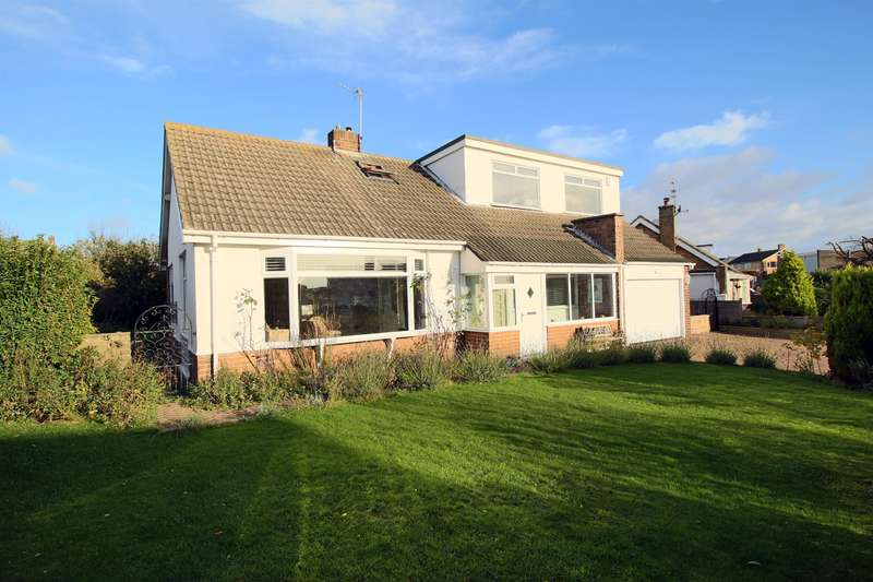 3 Bedrooms Bungalow for sale in Nicholas Avenue, Whitburn, Sunderland, SR6 7DG