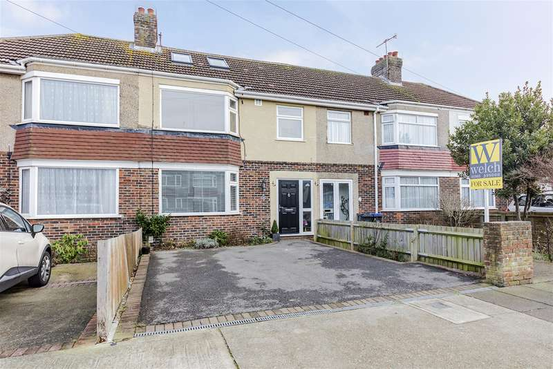 4 Bedrooms Detached House for sale in Brookdean Road, Worthing, BN11 2PB
