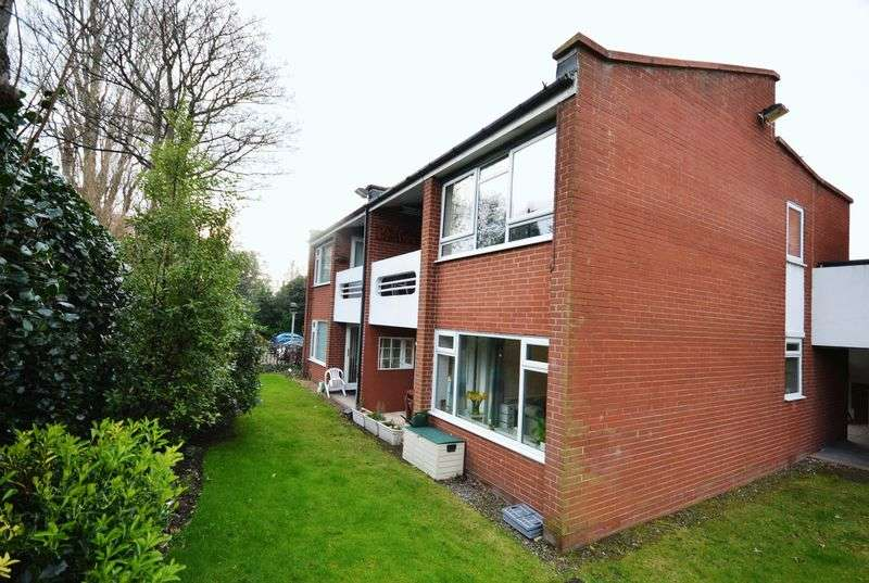 1 Bedroom Flat for sale in Caldy Road, West Kirby
