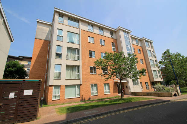 2 Bedrooms Apartment Flat for sale in Heol Glan Rheidol, CARDIFF, CF10