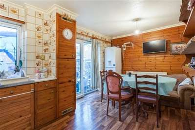3 Bedrooms End Of Terrace House for sale in Sylvester Road, London