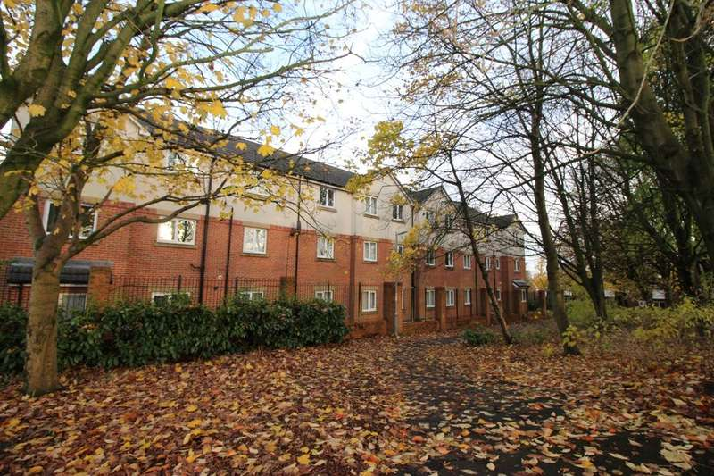 2 Bedrooms Flat for sale in Bridgeman Street, Bolton, BL3
