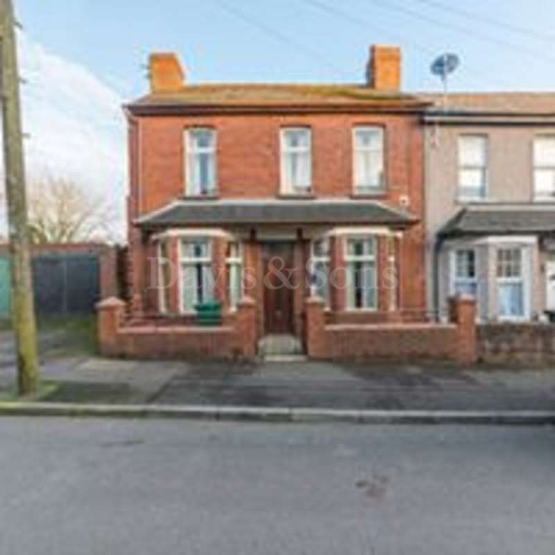 2 Bedrooms End Of Terrace House for sale in Brynglas Avenue, Malpas Road, Newport. NP20 5LR