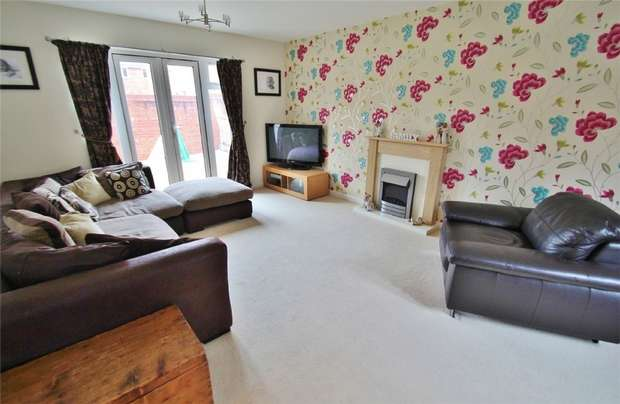 4 Bedrooms Detached House for sale in The Martins, Portishead, North Somerset