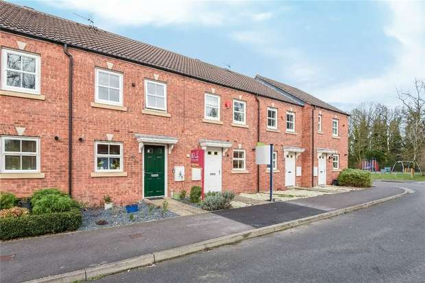 2 Bedrooms Terraced House for sale in Rosebay, WOKINGHAM, Berkshire