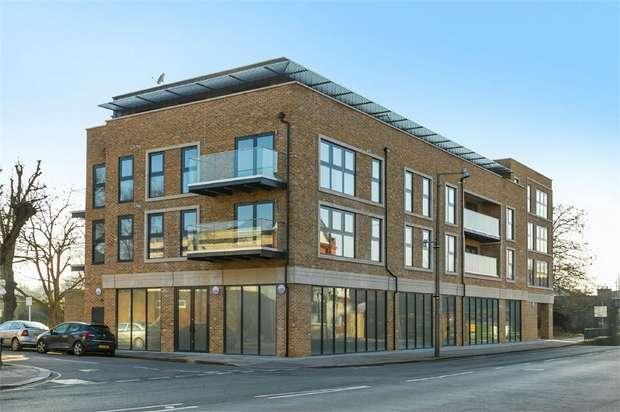 2 Bedrooms Flat for sale in Twickenham House, 161 Heath Road, Twickenham, Middlesex