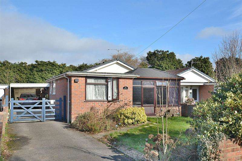 3 Bedrooms Bungalow for sale in Vernalls Gardens, Bournemouthd