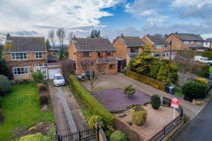 5 Bedrooms Detached House for sale in Walseker Lane, Woodall, Harthill, Sheffield