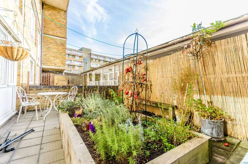 1 Bedroom Flat for sale in Cable Street, Shadwell, E1W
