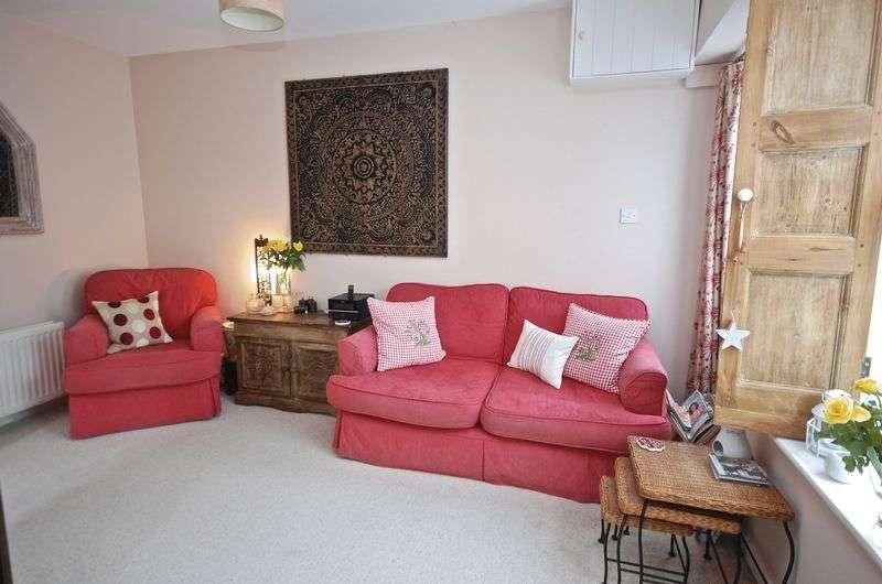 3 Bedrooms Terraced House for sale in AXBRIDGE