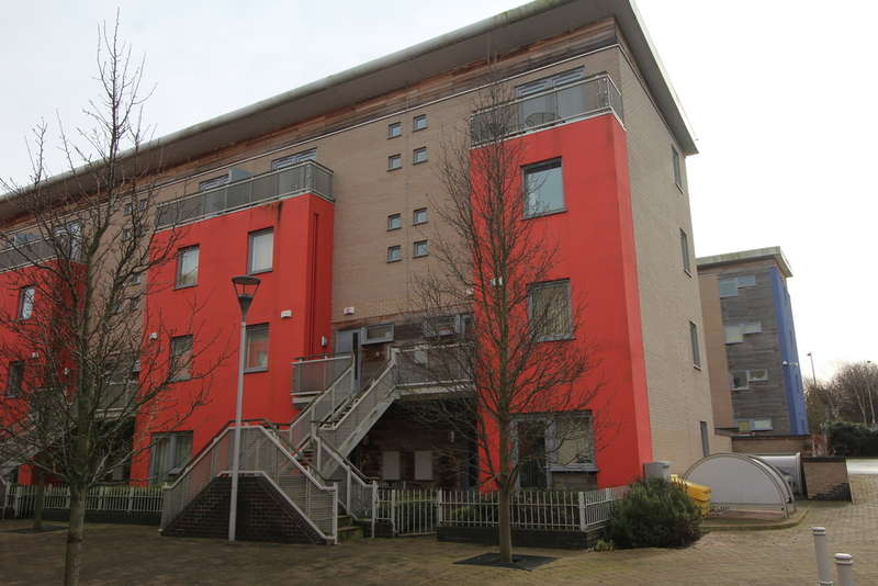 2 Bedrooms Duplex Flat for sale in Cubitt Way, Woodston, Peterborough