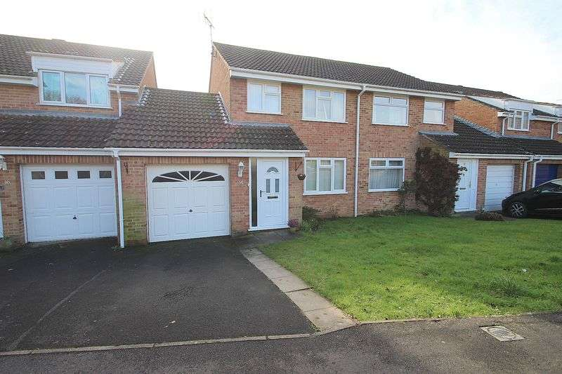 3 Bedrooms Property for sale in Chalice Way, Glastonbury