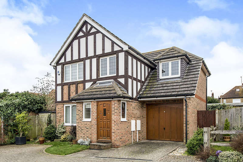 5 Bedrooms Detached House for sale in Ashurst Place, Rainham, Gillingham, ME8