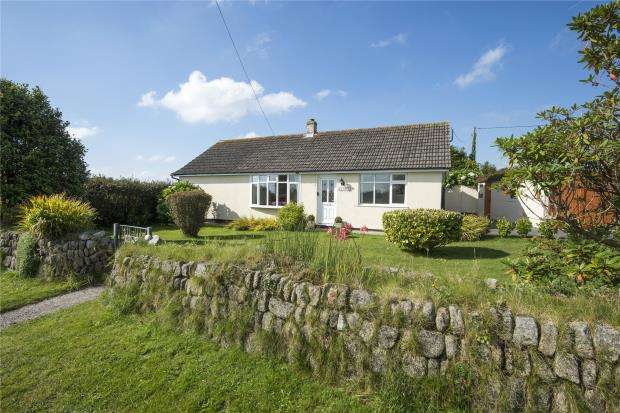 3 Bedrooms Detached Bungalow for sale in Rinsey Lane, Ashton, Helston, Cornwall