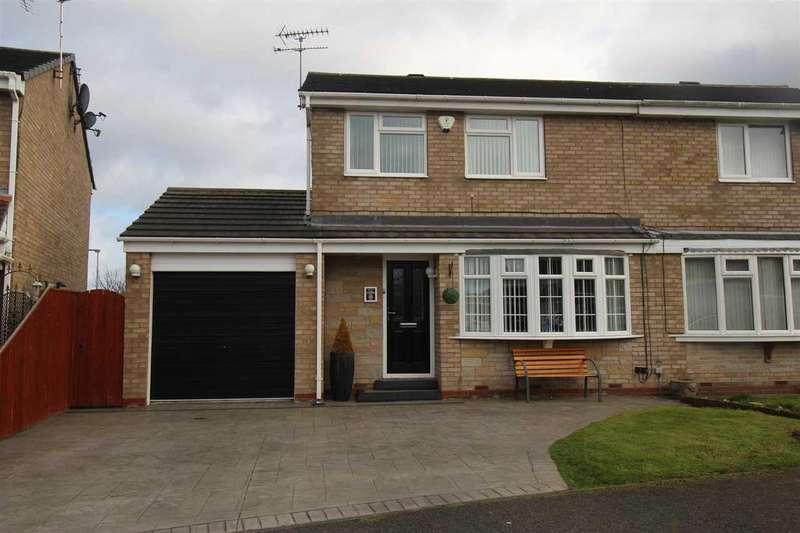 3 Bedrooms Semi Detached House for sale in Oakley Drive, Eastfield Green, Cramlington