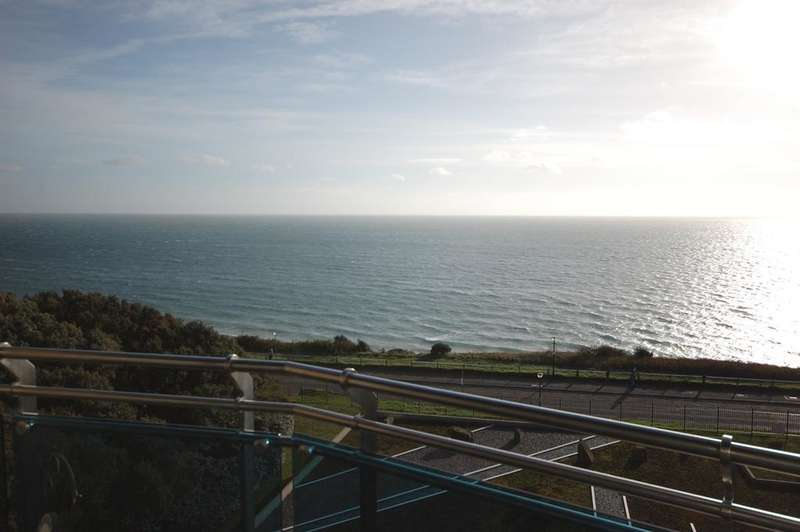 4 Bedrooms Apartment Flat for sale in Needles Point, 15 Manor Road, Bournemouth BH1