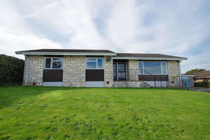 3 Bedrooms Detached Bungalow for sale in Peacock Close, Shanklin PO37