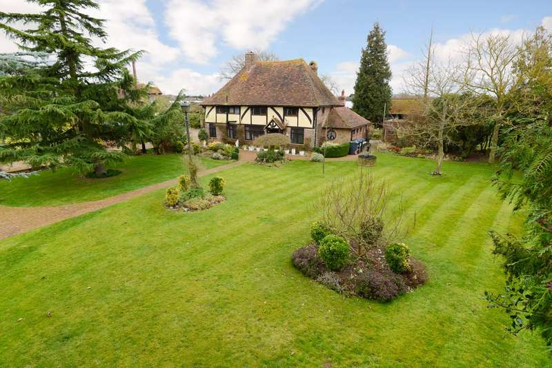 3 Bedrooms Detached House for sale in Chapel Lane, Broad Oak, Canterbury, CT2