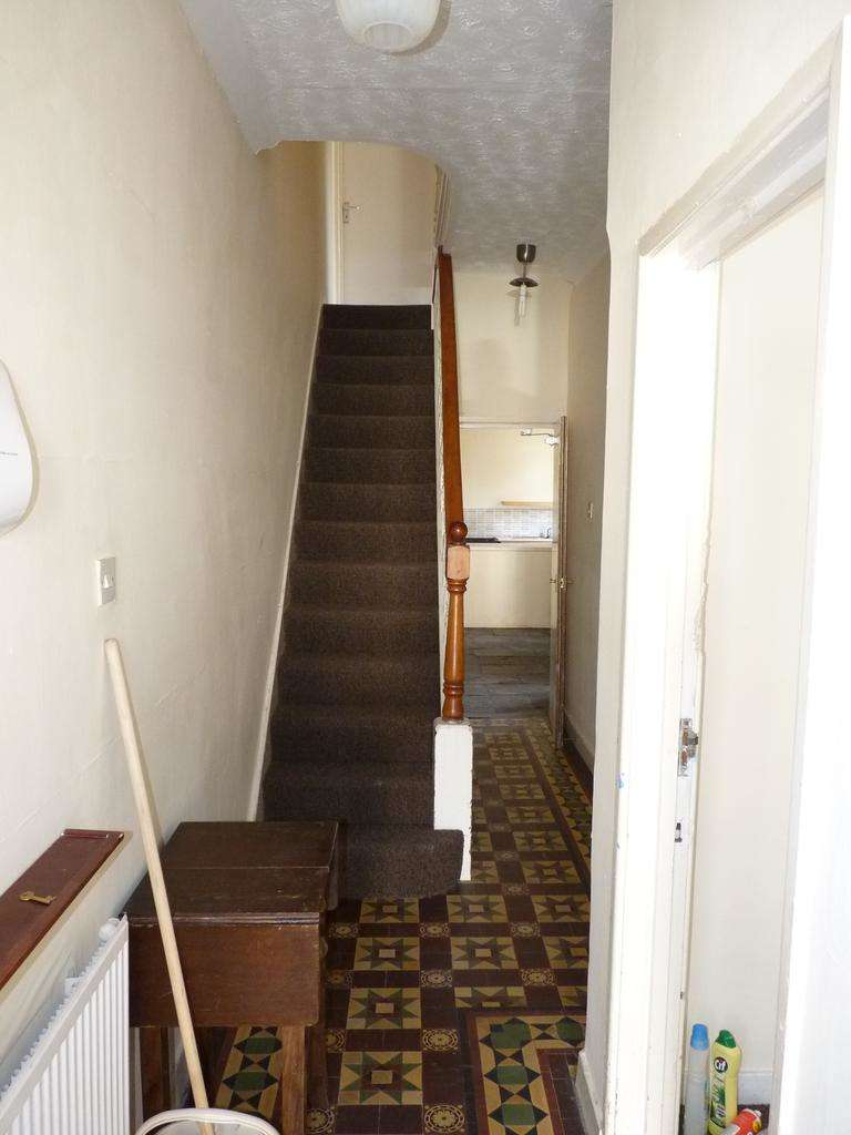 5 Bedrooms Terraced House for rent in Mackintosh Place, Roath, Cardiff CF24