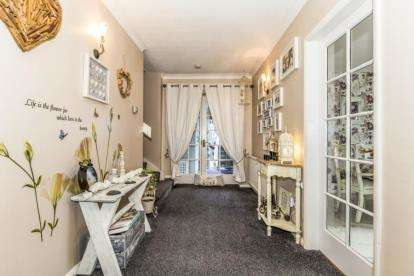 4 Bedrooms Detached House for sale in Tunstall, Richmond, North Yorkshire
