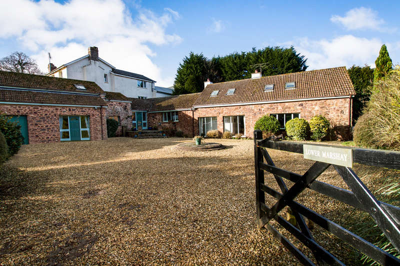 5 Bedrooms Detached House for sale in Pennymoor, Tiverton, Tiverton, EX16
