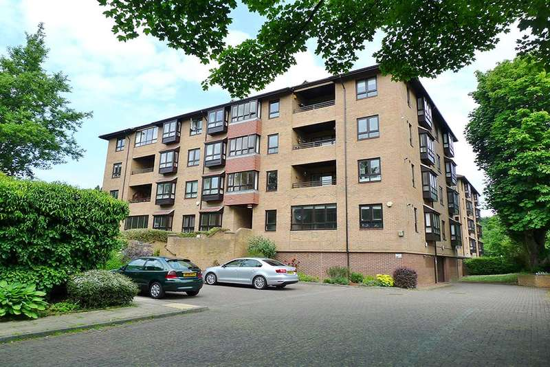 2 Bedrooms Apartment Flat for sale in Fernwood, Fernwood Road, Jesmond, Newcastle upon Tyne NE2