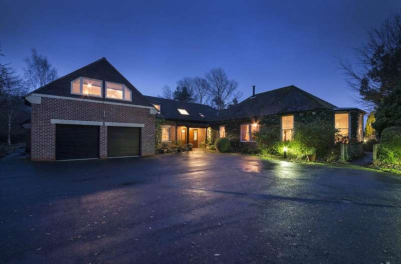 7 Bedrooms Detached House for sale in Pine House, Park Drive, Hepscott Park, Stannington, Morpeth, Northumberland NE61