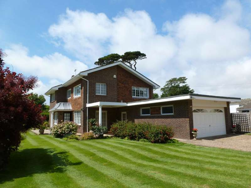 3 Bedrooms Detached House for sale in Dark Lane, Aldwick, Bognor Regis, West Sussex PO21