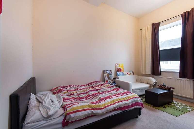 Studio Flat for sale in London Road, West Croydon, CR0