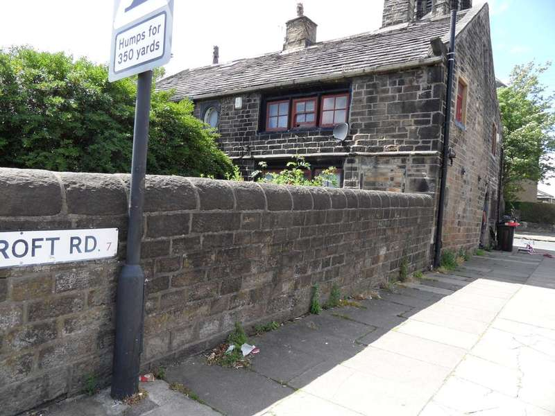 3 Bedrooms Cottage House for sale in GREAT HORTON ROAD, WEST YORKSHIRE, BRADFORD BD7