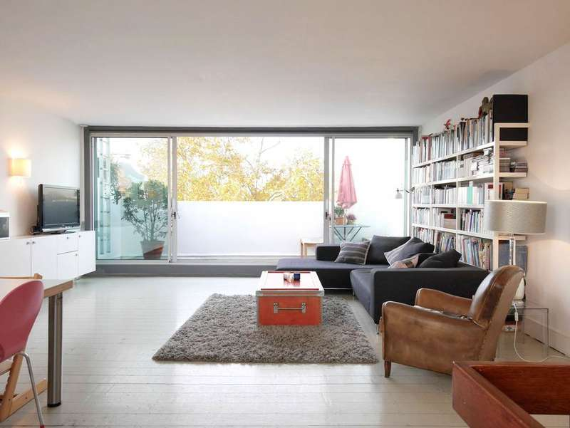 3 Bedrooms Maisonette Flat for sale in St Charles Square, North Kensington, London w10