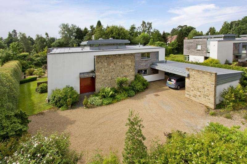4 Bedrooms Detached House for sale in Off Pembury Road, Tunbridge Wells