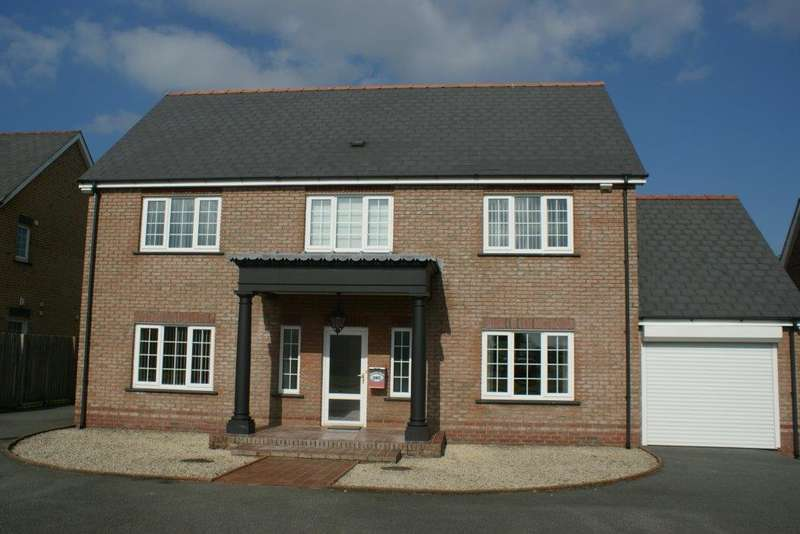 4 Bedrooms Detached House for sale in 64 Parcyrynn, Llynyfran Road, Llandysul SA44