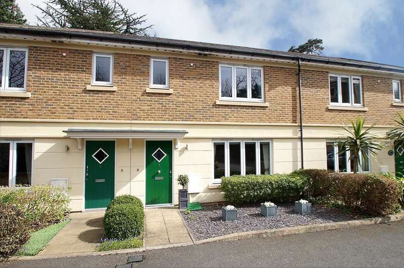 3 Bedrooms House for sale in Weybridge KT13